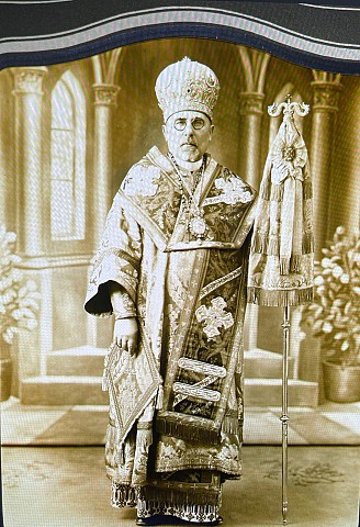 Metropolitan John during a visit to his Cathedral of St. Vladimir in Philadelphia in the 1940s